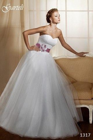 пишні весільні сукні для вагітних 2c4ed3f645594