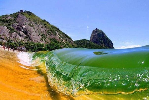 Прая Вермелья (Красный пляж), Рио-де-Жанейро, Бразилия.
